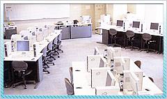 パソコンは3教室に120台。